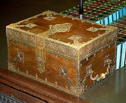 Despatch box - Wikipedia